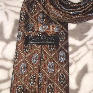 Joseph A. Bank Signature Collection paisley tie
